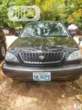 Photo Toyota Harrier 2001 Black