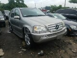 Photo 2005 Silver Automatic Mercedes-Benz ML350