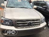 Photo Toyota Highlander 2005 Gold