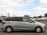 Photo Mazda premacy van 2016 8 seater + 80 km's +...