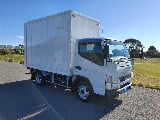 Photo 2014 Mitsubishi Canter Box Truck