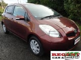 Photo 2010 Toyota Vitz