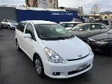 Photo 2004 Toyota Wish 7 Seater