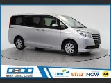 Photo 2014 Toyota Noah