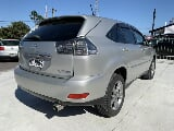 Photo 2006 Toyota Harrier Hybrid 3.3 litre 4WD