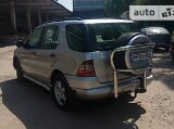 Foto Mercedes-Benz ML 320 2000