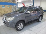 Photo 2010 Toyota Fortuner 3.0 D-4D 4x4, Grey with...