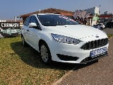Photo White Ford Focus 1.0 EcoBoost Ambiente 5-door...