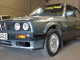 Photo BMW E30 316i Box Shape 1989 On Special Sale...