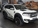 Photo White Ford Everest 3.2 LTD 4x4 AT with 90700km...
