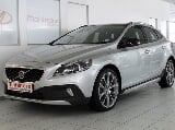 Photo Volvo V40 Cross Country D4 Momentum Geartronic...