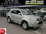 Photo Toyota Fortuner 3.0D 4D 4x4 automatic 2011