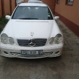 Photo 2002 Mercedes-Benz C-Class Sedan