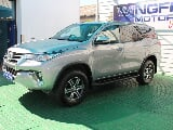 Photo 2016 toyota fortuner 2.4gd-6 r/b a/t