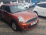 Photo Mini one 2011 low klm. Great buy at r 114995.00
