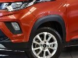 Photo Mahindra KUV100 Nxt KUV 100 1.2TD K8+ NXT 2018