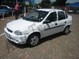 Photo Opel Corsa 1.4 5Dr Sedan