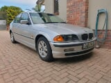 Photo BMW 320i 6 cylinder in excellent condition