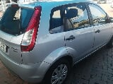 Photo Ford Figo hatch 1.5TDCi Ambiente 2014
