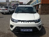 Photo White Mahindra with 1500km available now!