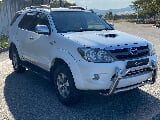 Photo 2008 Toyota Fortuner 3.0 D-4D 4x4, White with...