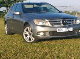 Photo Mercedes Benz C180 Auto estate blue efficient